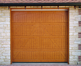 Horman style 405 timber sectional door in Nordic Pine
